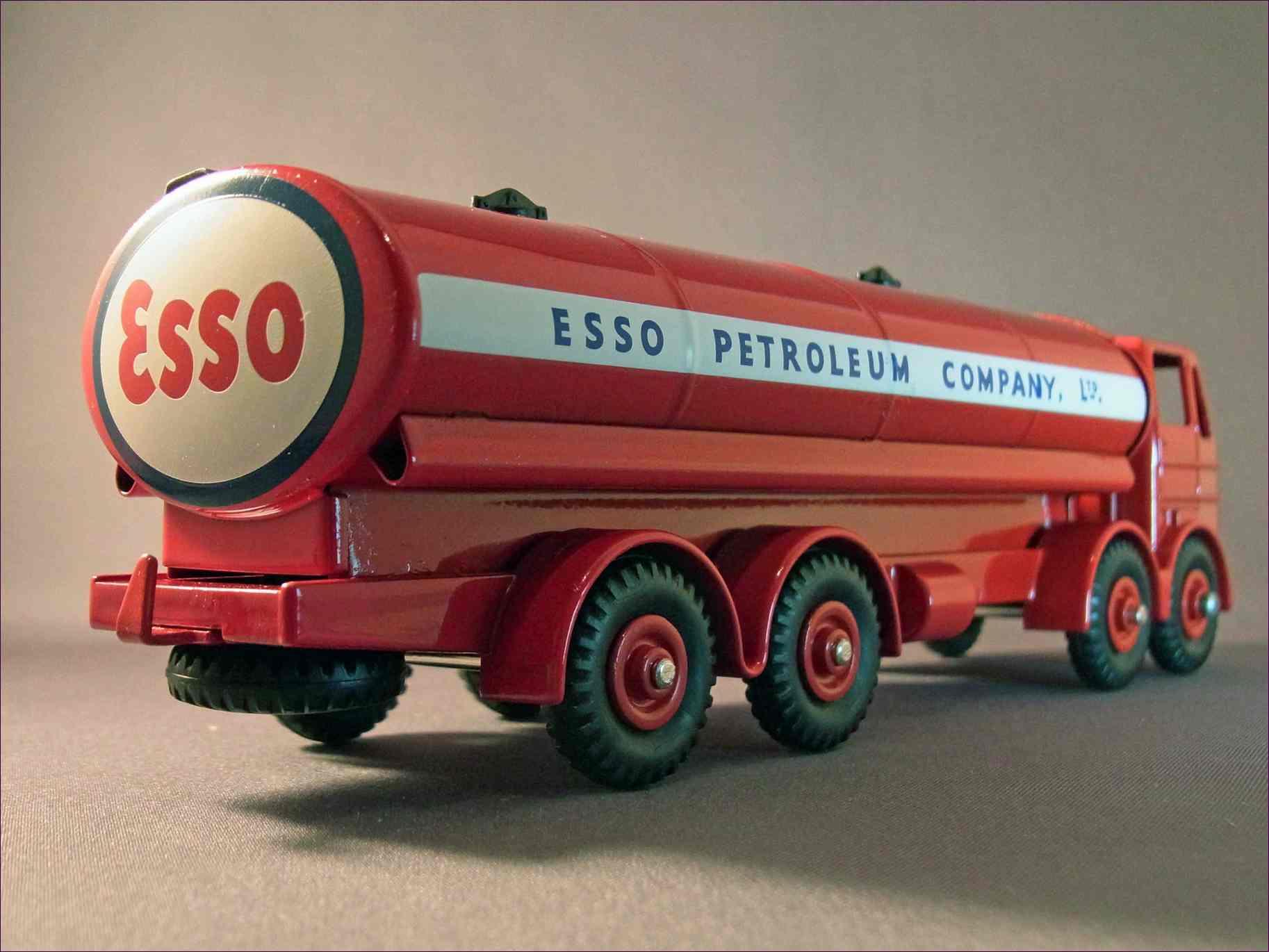 Atlas Dinky Leyland Octopus Tanker Esso