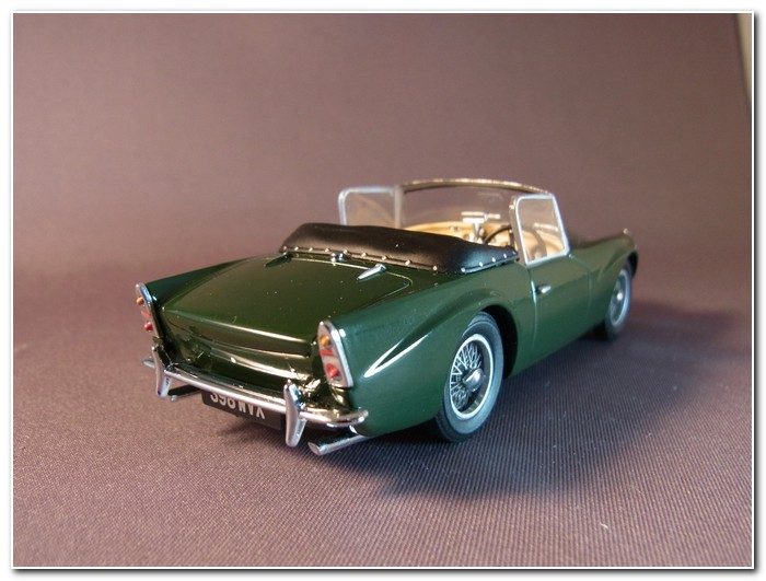 Oxford Diecast Daimler SP250