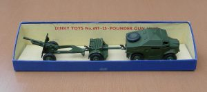 Dinky_697_Morris_and_trailers_pic1_small