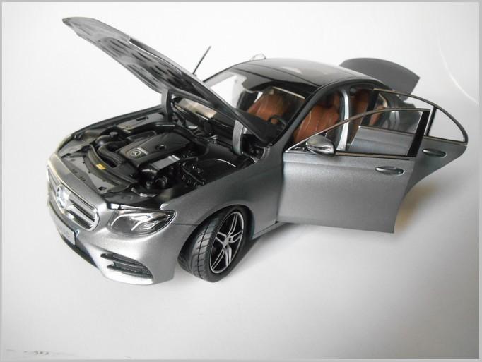 1:18 iscale mercedes e-class s213 Estate 2017 Silver
