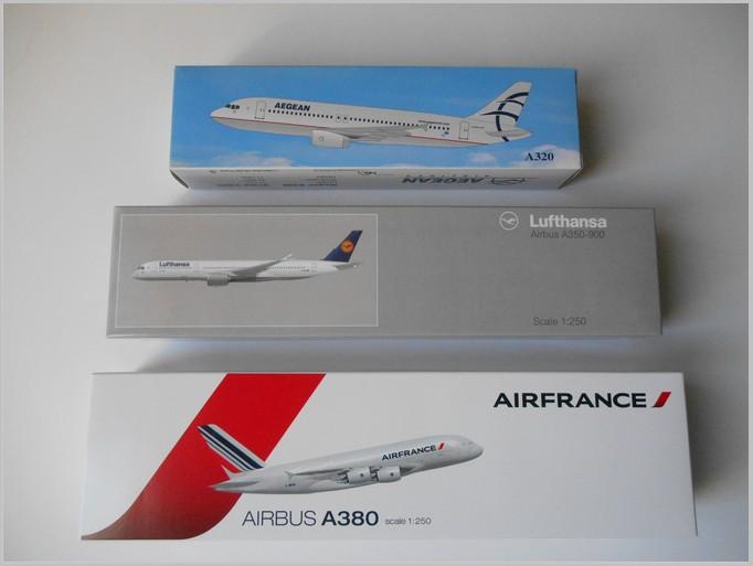 Aegean Airbus A321 Premier Portfolio 1:200 Scale Plastic Snap Fit Model