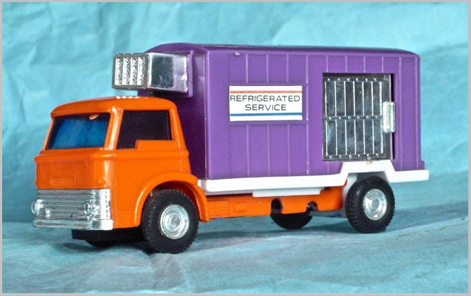 2 1:87th scale Mid Dodge D100 1970s custom van mint in box USA ...